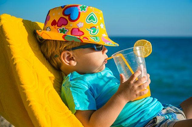 La panoplie de protection anti-UV pour les bébés et les enfants